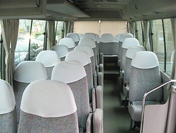 マイクロバス車内イメージ。