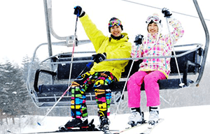 貸切バスをスキー、スノーボードで利用
