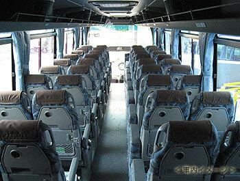 トイレ付き大型バス車内イメージ